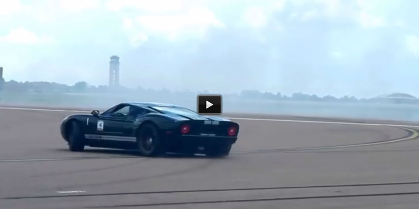 Ford Gt Drift Fails To Keep Up With A Nissan Drift Car At Pikes Peak