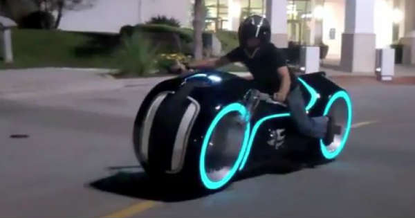 TRON BIKE Made By Mark Parker From PARKER BROTHERS CHOPPERS 2