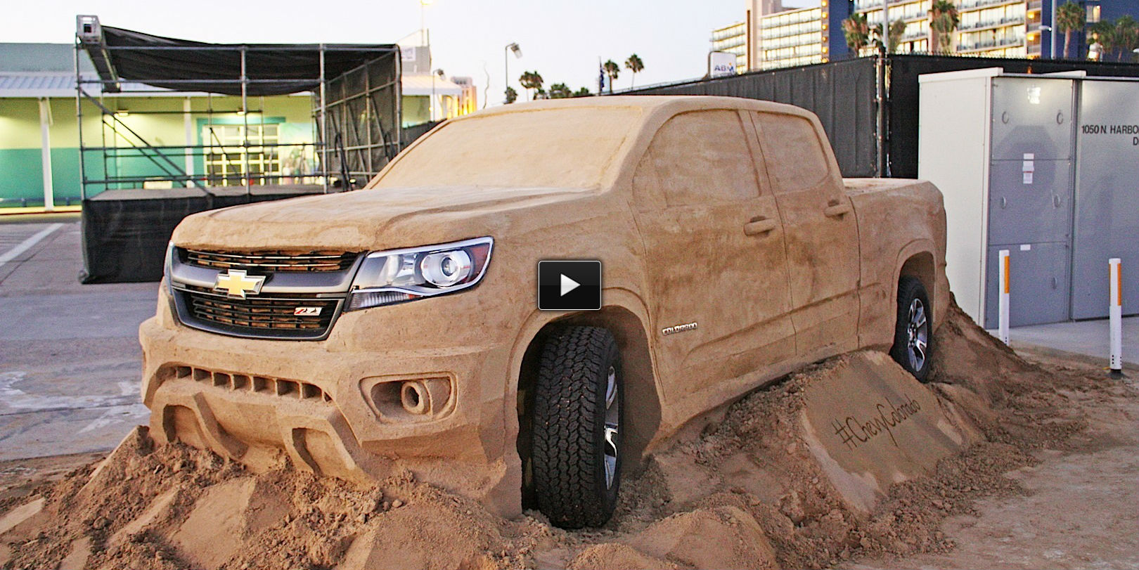 full size chevy colorado truck replica made out of sand muscle cars zone. Black Bedroom Furniture Sets. Home Design Ideas