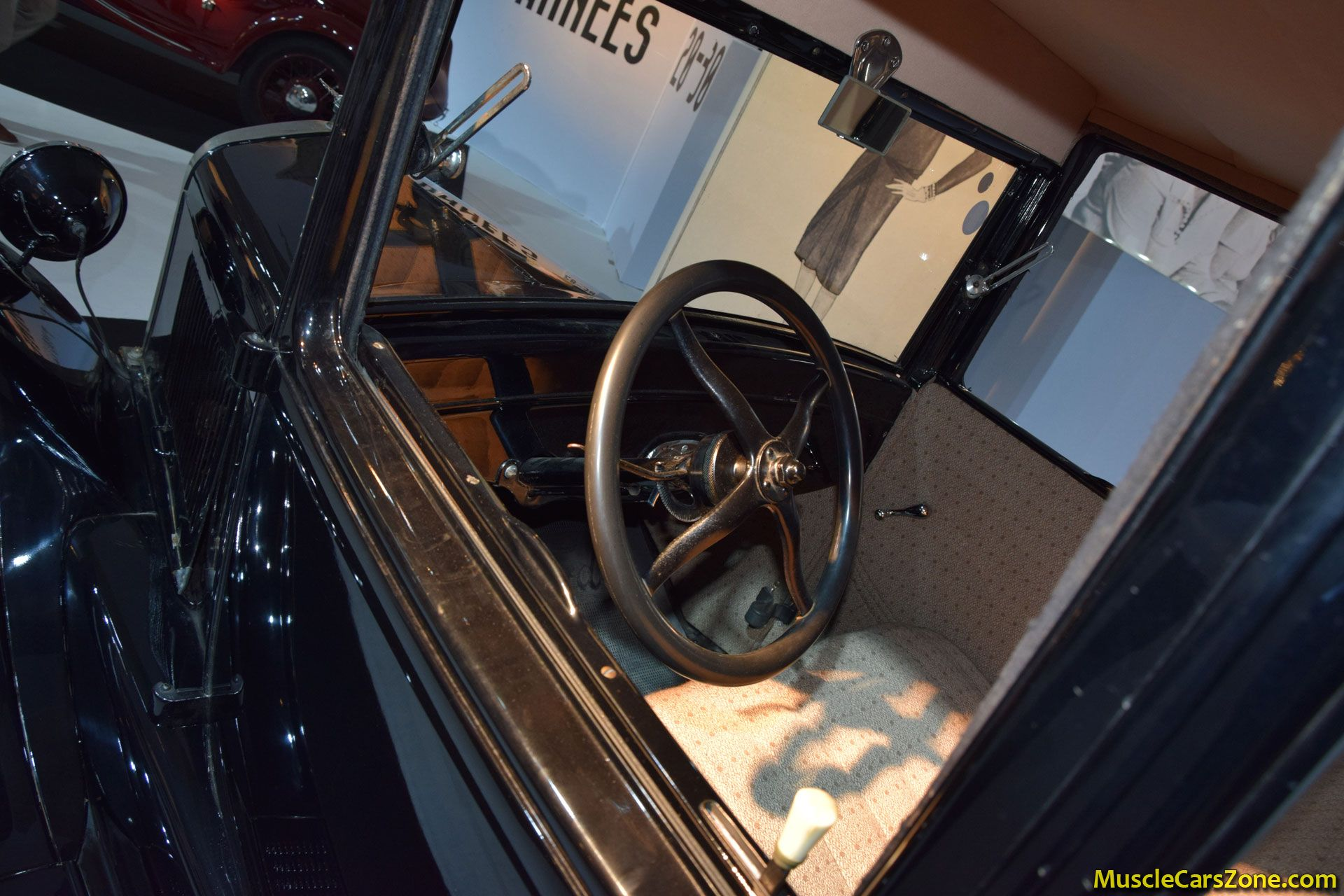 1925 ford model t coupe 2014 paris motor show 11 muscle. Black Bedroom Furniture Sets. Home Design Ideas