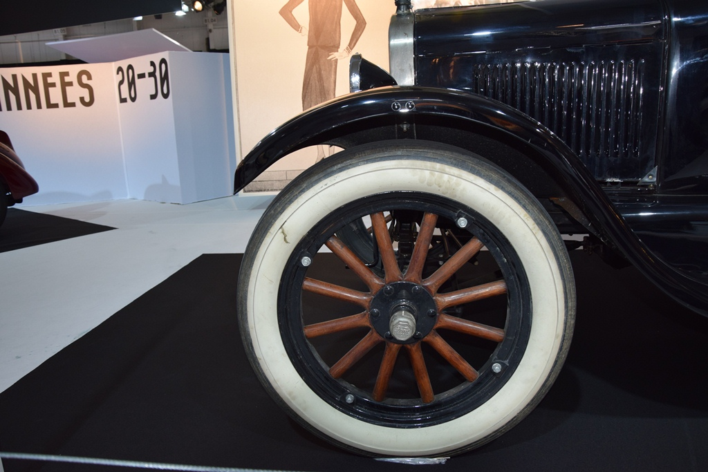 1925 ford model t coupe paris motor show 2014 10. Black Bedroom Furniture Sets. Home Design Ideas