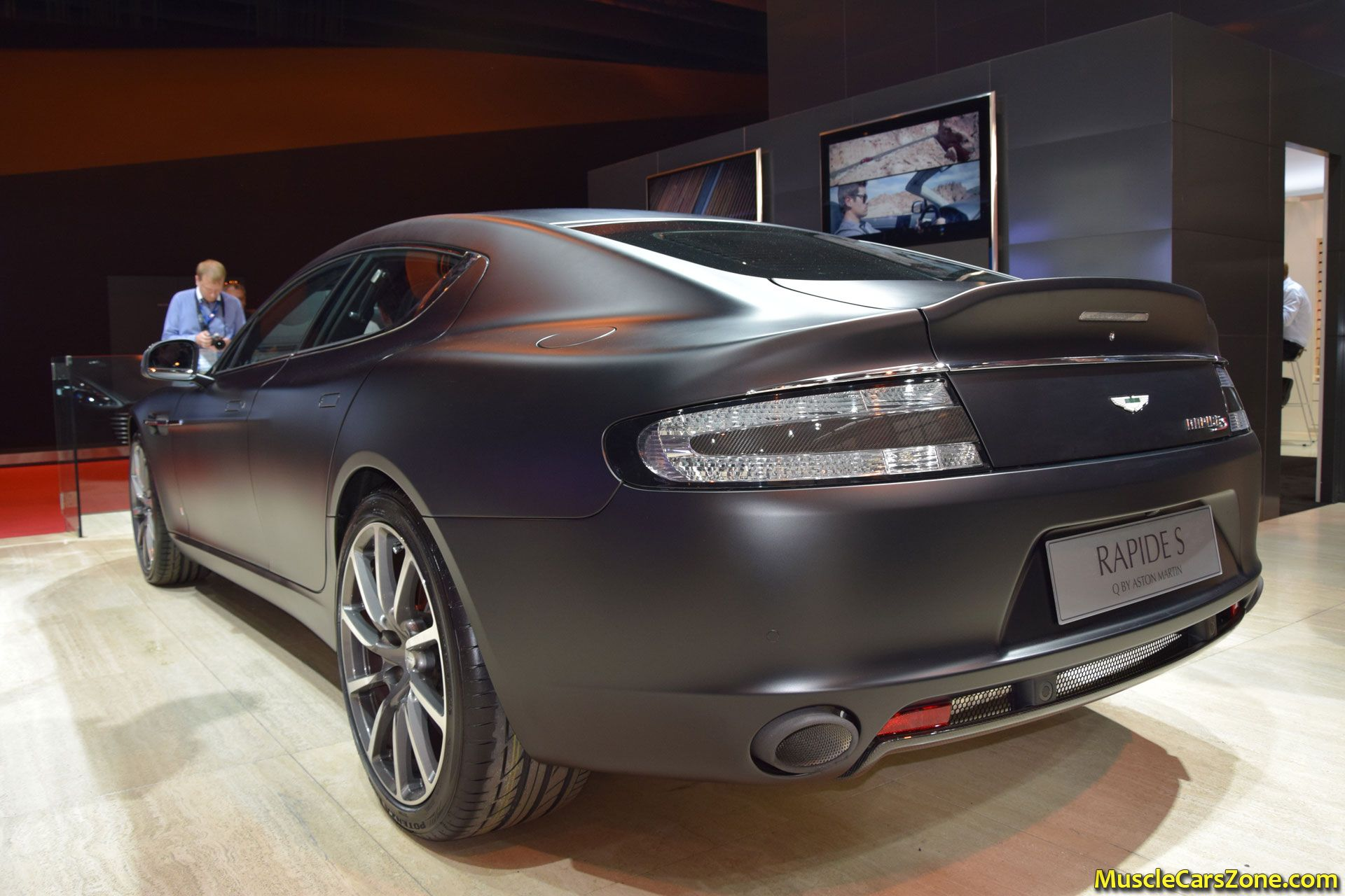aston martin rapide s 2014 paris motor show 1 muscle cars zone. Black Bedroom Furniture Sets. Home Design Ideas