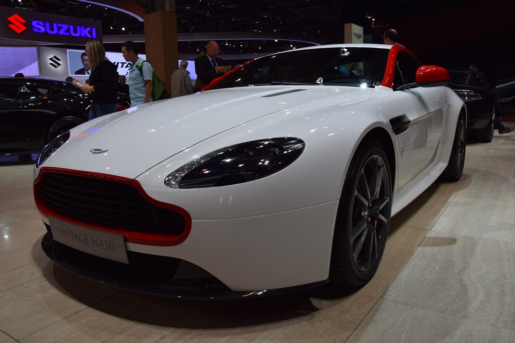 aston martin vantage paris motor show 2014 11 muscle cars zone. Black Bedroom Furniture Sets. Home Design Ideas