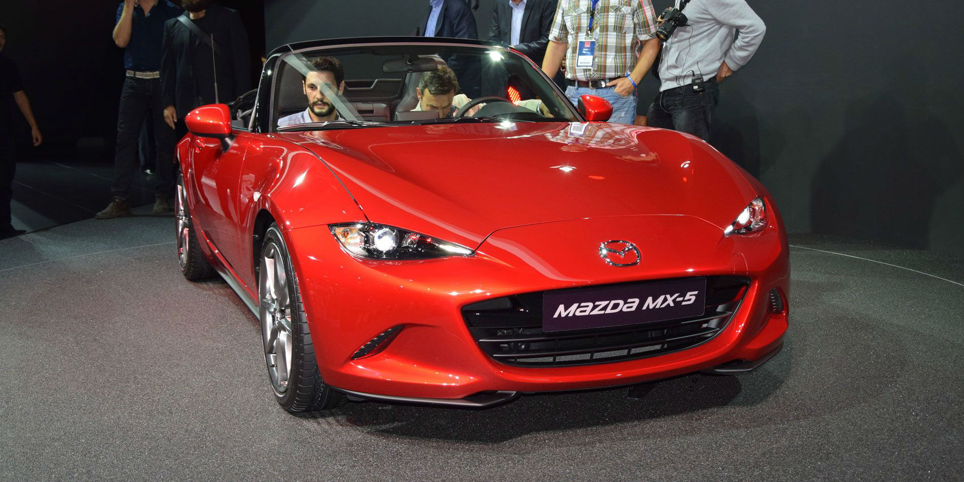 Mazda MX5 2014 Paris Motor Show cover