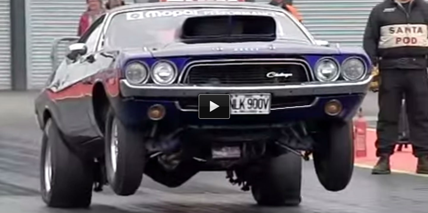 Dodge Challenger Wheelie Slow motion