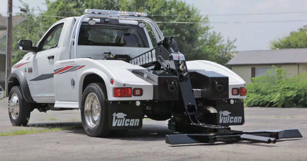 You Can Steal Any Car With This Vulcan 812 Intruder II - Coolest Tow Truck Money Can Buy 6