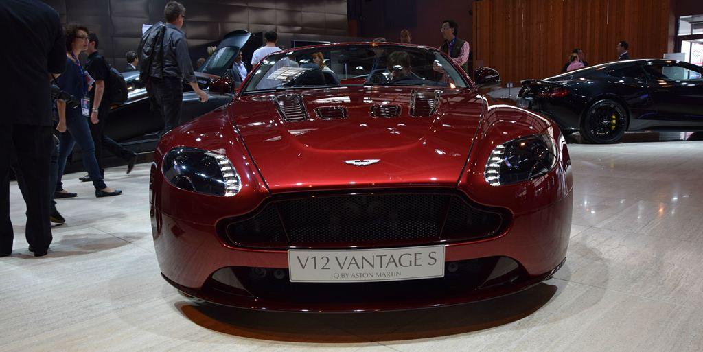 cover Aston Martin V12 Vantage 2014 Paris Motor Show