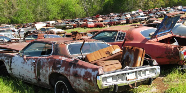 Abandoned muscle cars over 700 abandoned dodges mostly for Mercedes benz junk yards miami
