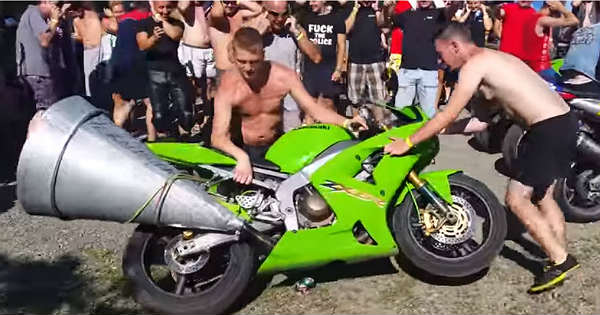 The MOST INSANE Bike Exhaust Ever 1