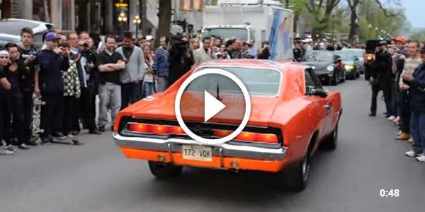Dodge Charger General Lee On The Streets In Quebec Canada