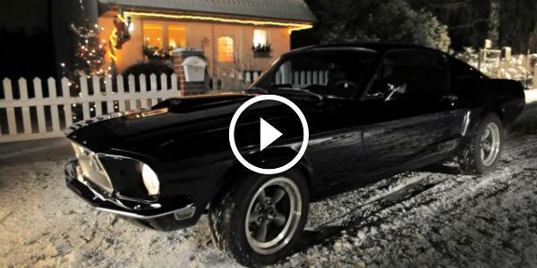 Mustang Christmas Song