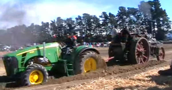 Tractor Steam Engine TRACTORS TUG OF WAR 2
