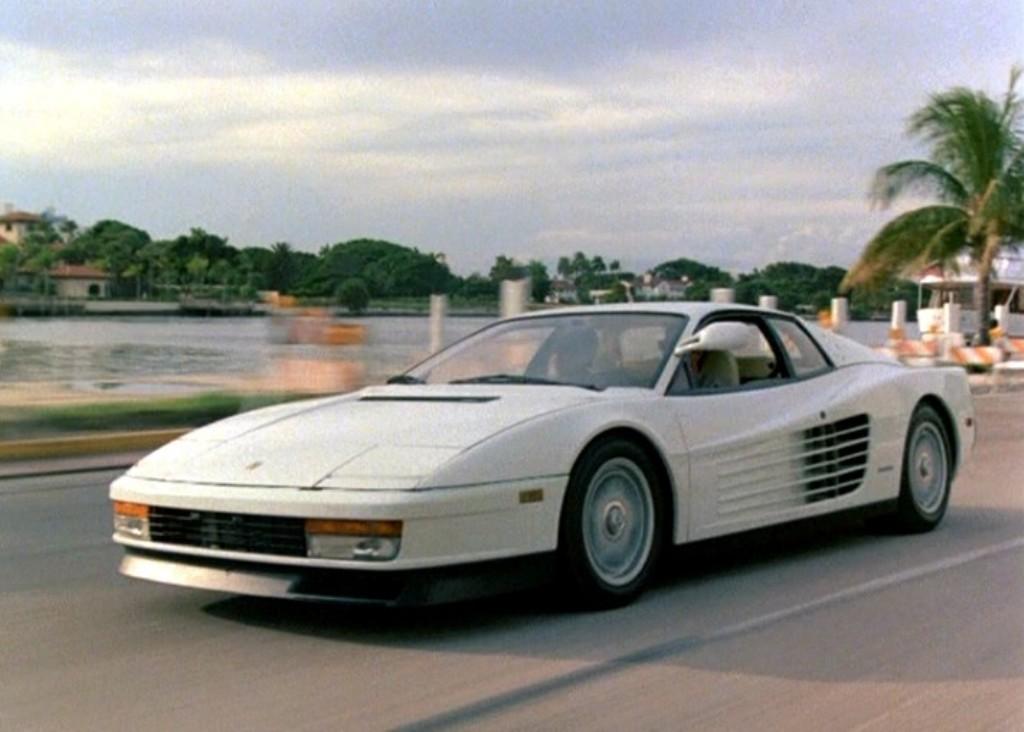 View Ferrari Testarossa White Wallpaper  PNG