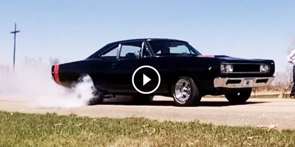 Dodge Coronet Super Bee 1968 Dodge Coronet SuperBee Custom 440 Burnout Race