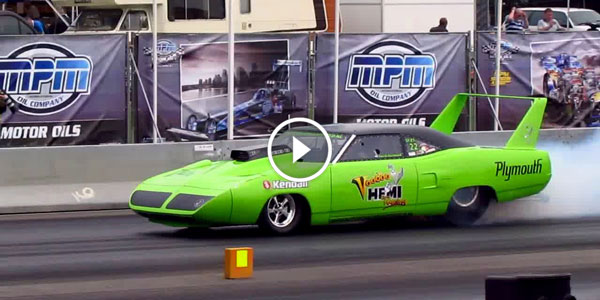 1970 Plymouth Roadrunner Superbird MASSIVE BURNOUT