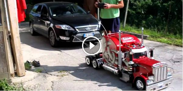 MODEL CARS,CUSTOM TRUCK PETERBILT - 01 with clock 11,8x 7 ...  Peterbilt Model Car