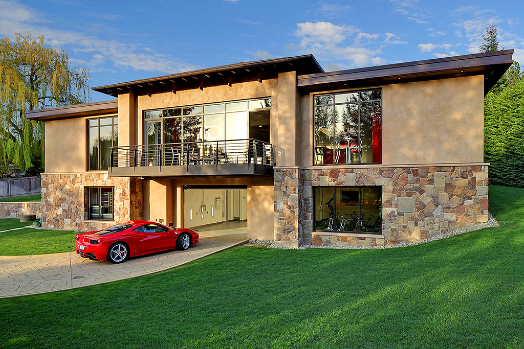 This House HIDES A MASSIVE 20 Car Garage Fulfilled With Porsches, Ferraris, Mercedes-Benz... REAL UTOPIA! 1