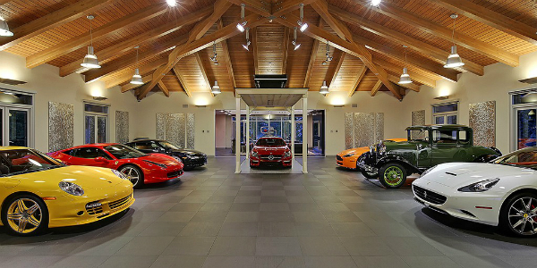 This House HIDES A MASSIVE 20 Car Garage Fulfilled With Porsches, Ferraris, Mercedes-Benz... REAL UTOPIA!