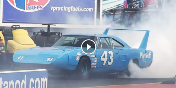 Plymouth Superbird Vs Ford Mustang S4S Global Drag Racing League