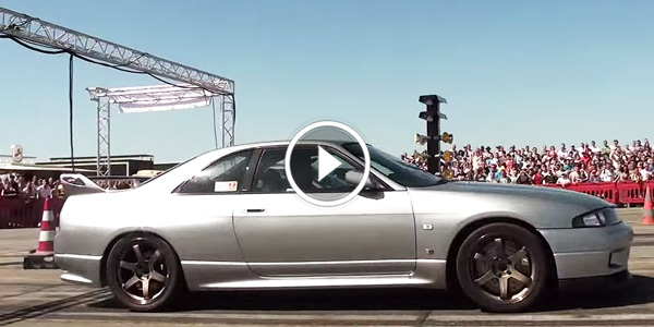 Nissan Skyline R33 GTR 650 HP vs Porsche Turbo