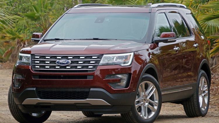 FIRST-Drive-2016-Ford-EXPLORER-