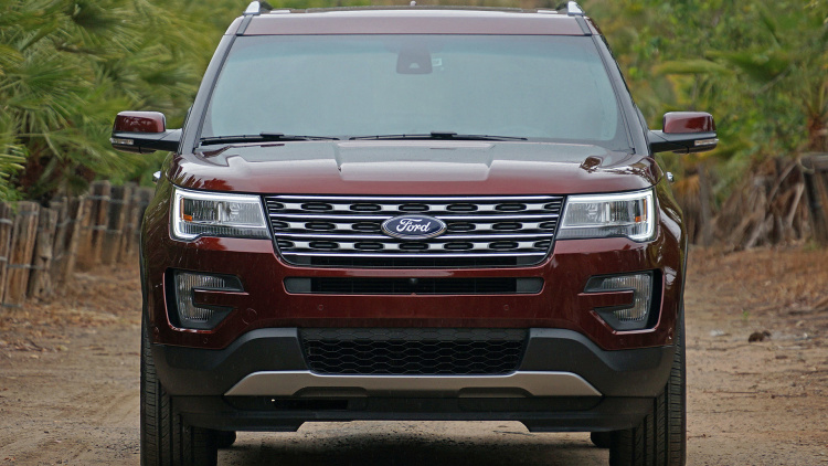 FIRST-Drive-2016-Ford-EXPLORER-10