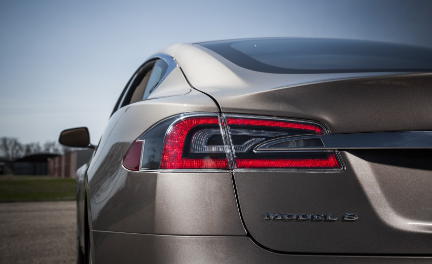 Here Are The Results Of The 2015 Tesla Model S 70D Instrumented Test! Is This The CAR OF THE CENTURY! 296jpg
