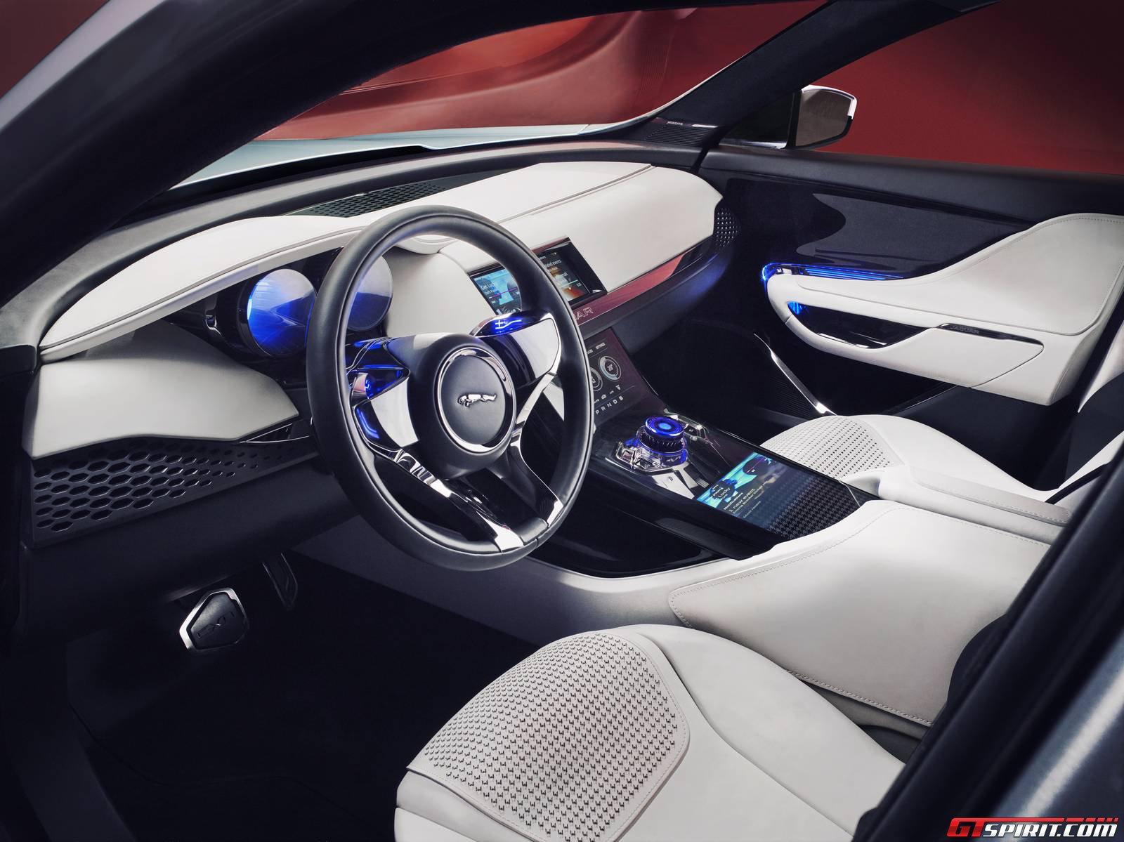 Believe it or not jaguar unveiled its 7 seat j pace suv for Afbeeldingen interieur