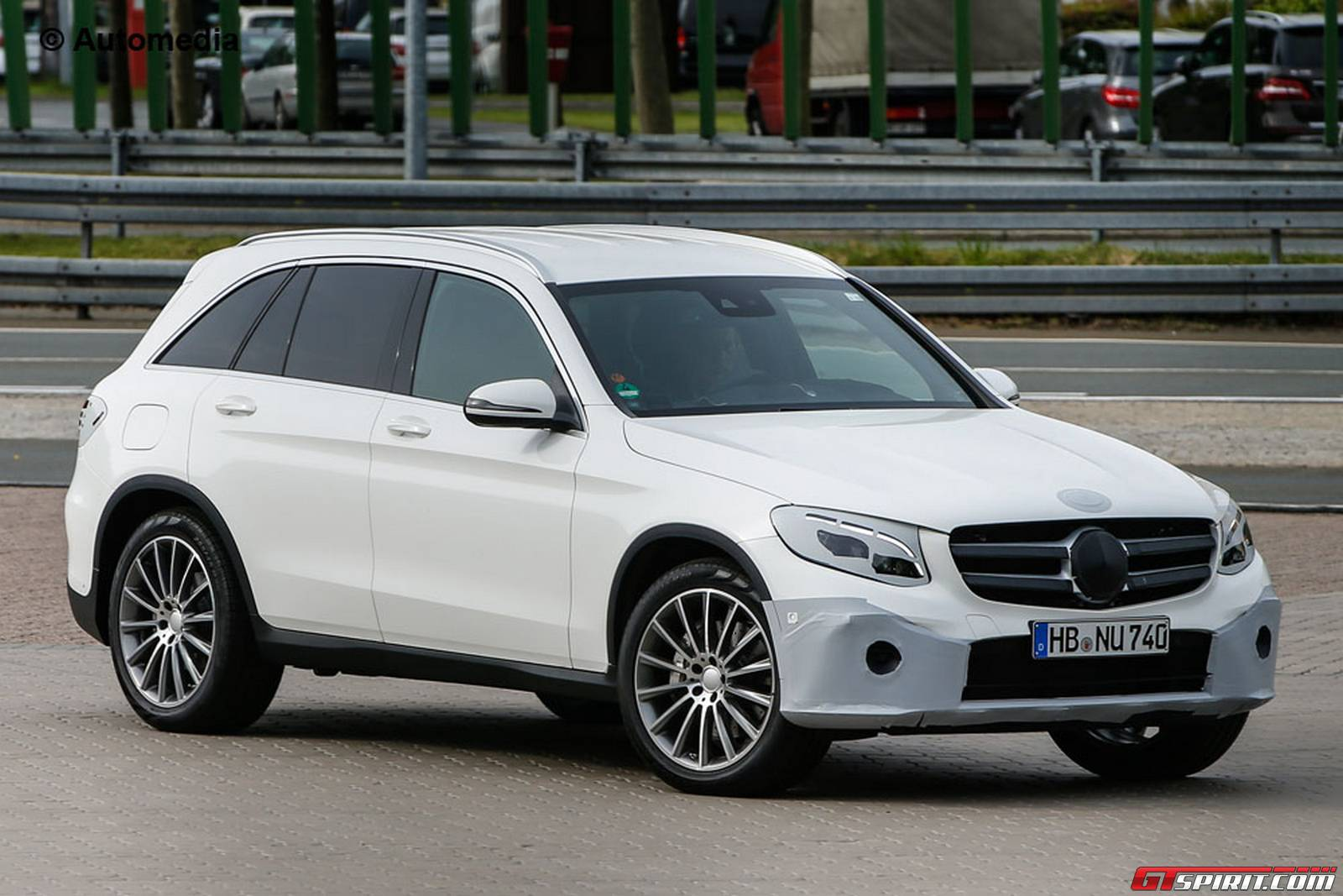 2016 mercedes benz glc spy shots ahead of its unveiling