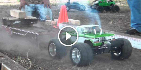 Finishline RC Truck Pulling With funny Mini Slas