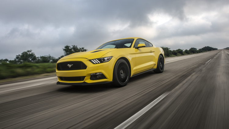 2015 hennessey ford mustang hits a top speed of 207 9 mph. Black Bedroom Furniture Sets. Home Design Ideas