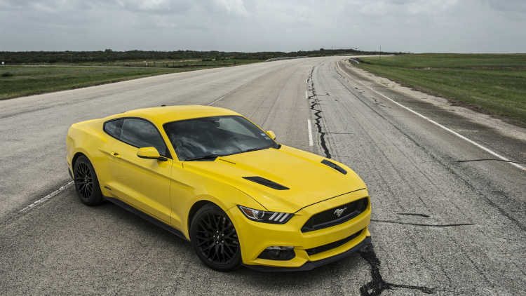 2015 hennessey ford mustang hits a top speed of 207 9 mph 6 muscle cars zone. Black Bedroom Furniture Sets. Home Design Ideas