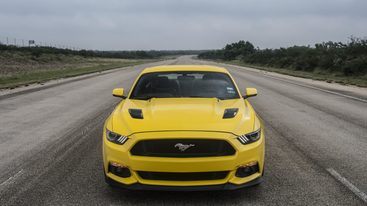 2015 hennessey ford mustang hits a top speed of 207 9 mph 7 muscle cars zone. Black Bedroom Furniture Sets. Home Design Ideas