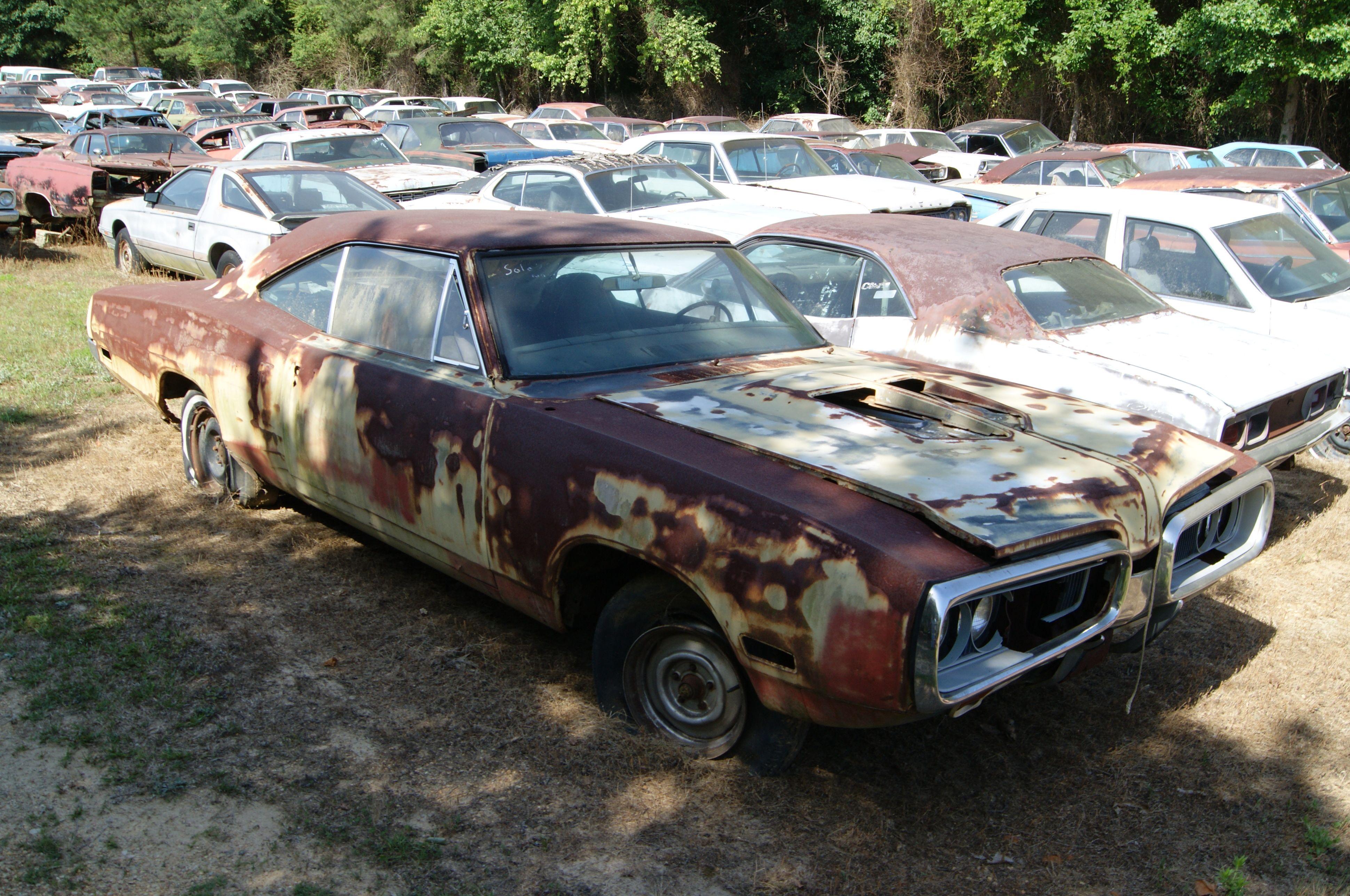 Carolina Hills Find 1968 Road Runner 1965 Barracuda