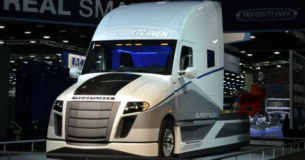 FREIGHTLINER SUPERTRUCK future fuel efficient truck 1