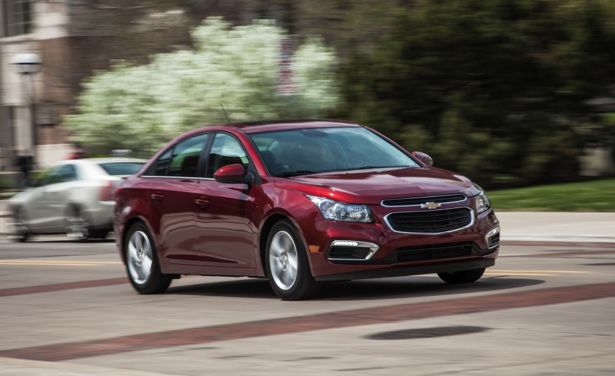 REDESIGN Quick-Take Review Of The 2015 Chevrolet Cruze 1