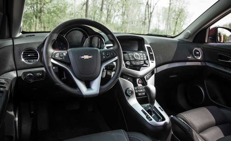 REDESIGN Quick-Take Review Of The 2015 Chevrolet Cruze 6