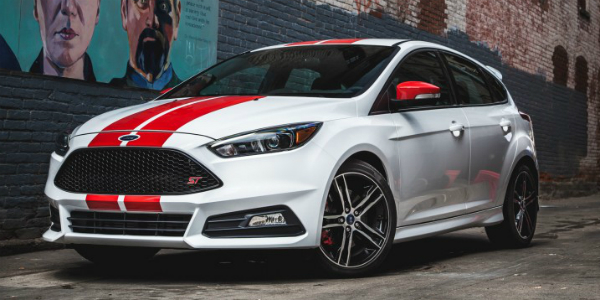 2015 FORD FOCUS ST! An EXCELLENT MODEL With NO-SEASON TIRES 412