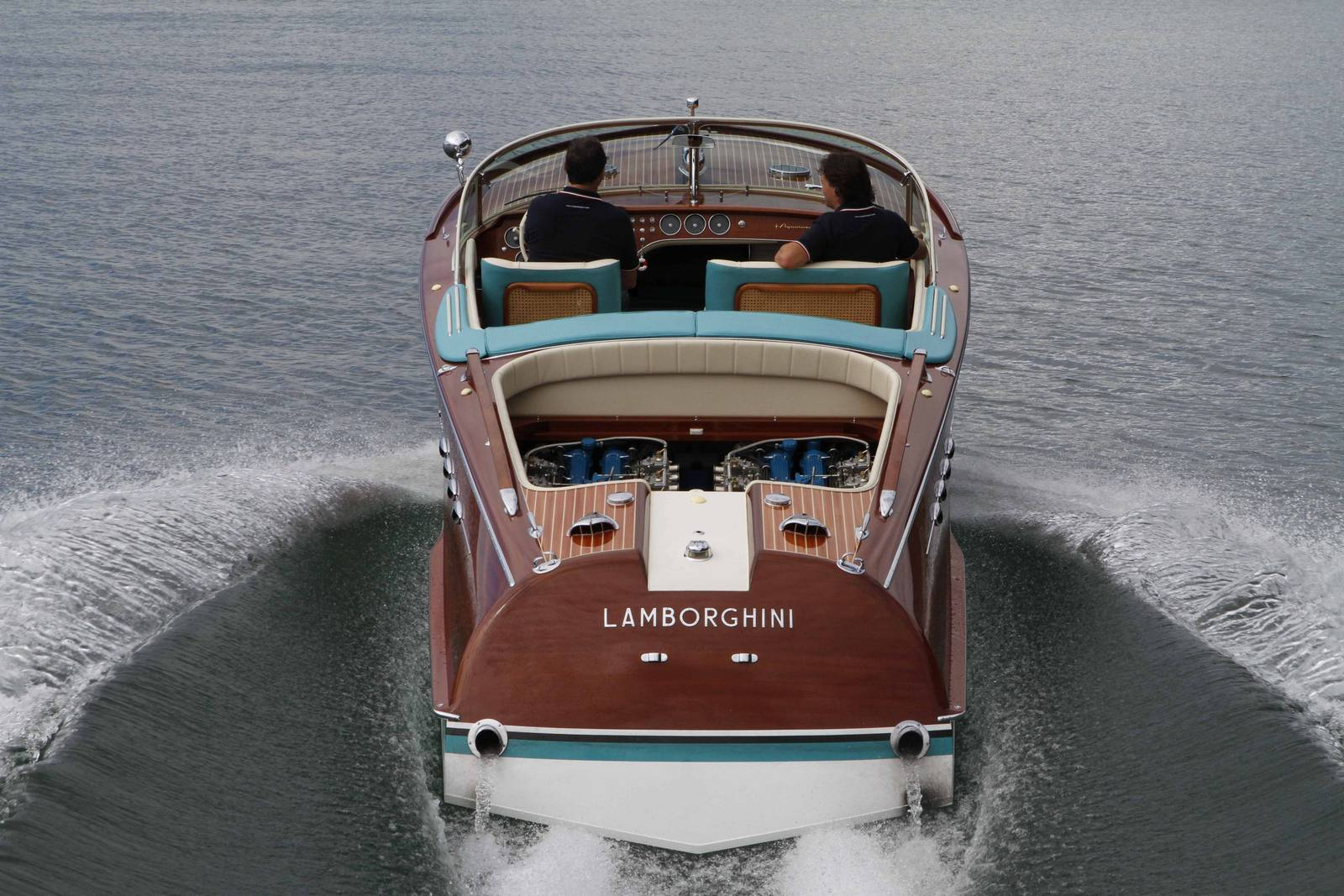 Ferrucio Riva Aquarama Boat Is UP FOR SALE It Features TWO LAMBORGHINI V12 ENGINES 9