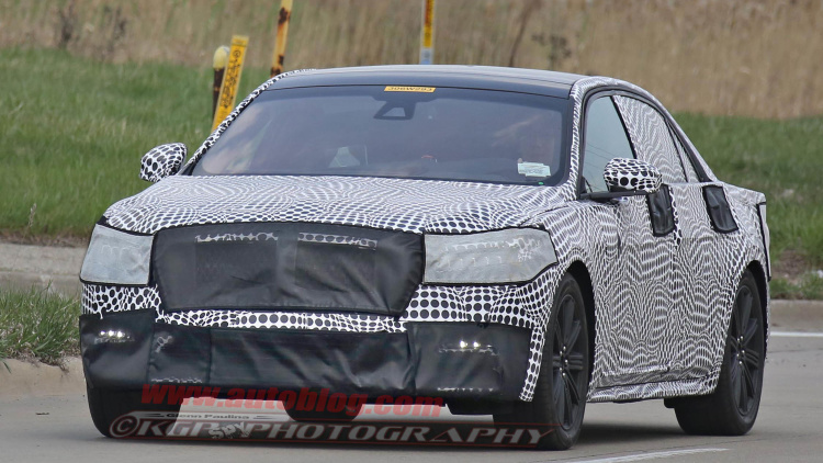 SPIED INSIDE & OUT The 2017 Lincoln Continental Is Looking GORGEOUS 1