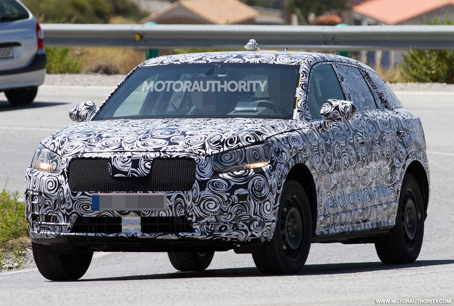 Spied AGAIN! Have A Look At The Exclusive PHOTOS Of The Brand New 2016 Audi Q1 2