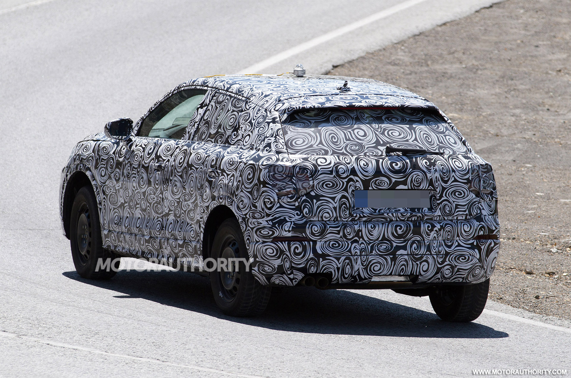 Spied AGAIN! Have A Look At The Exclusive PHOTOS Of The Brand New 2016 Audi Q1 7