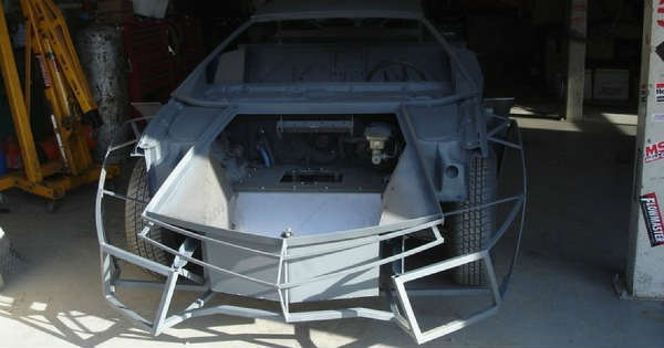 Teenager Build Lamborghini Reventon Replica By Hand In His Garage