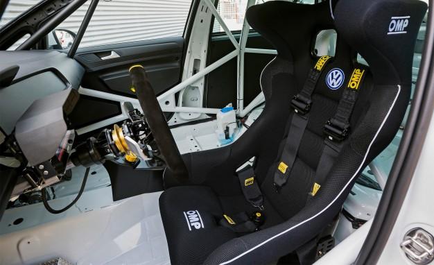 VW Introduced The 330HP Golf RACE CAR CONCEPT4