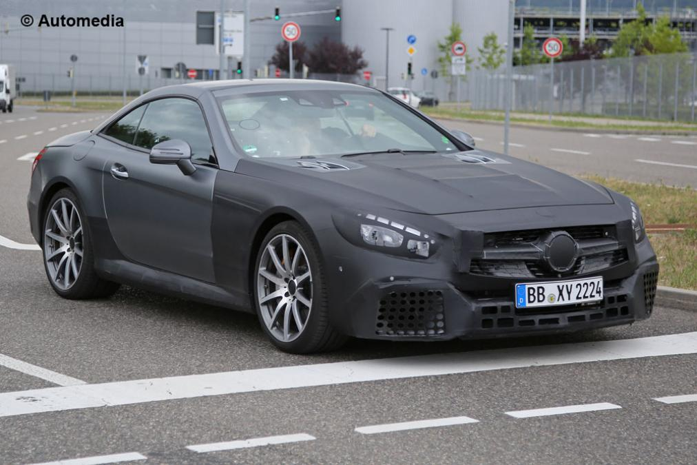 http://www.musclecarszone.com/wp-content/uploads/2015/08/SPY-SHOTS-See-The-2017-Face-lifted-Mercedes-Benz-SL63-AMG-3.jpg
