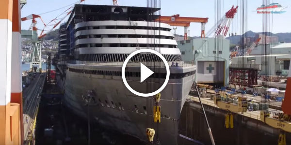 Fascinating TIME LAPSE Footage Shows CONSTRUCTION Of The LARGEST - Building a cruise ship