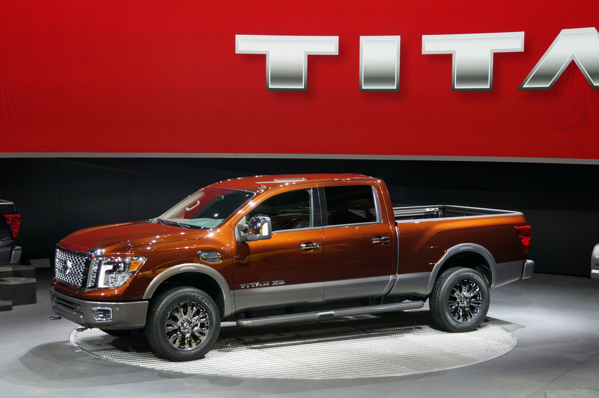 The New Nissan Titan XD Truck Is Getting 17 7 MPG
