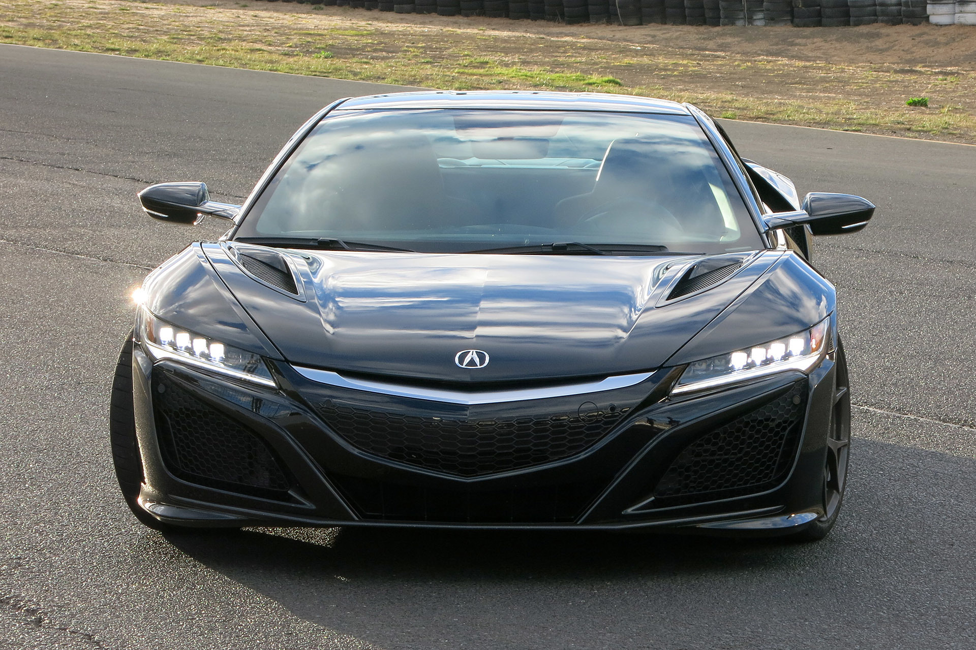 Extremely Complexed 2017 Acura NSX 4