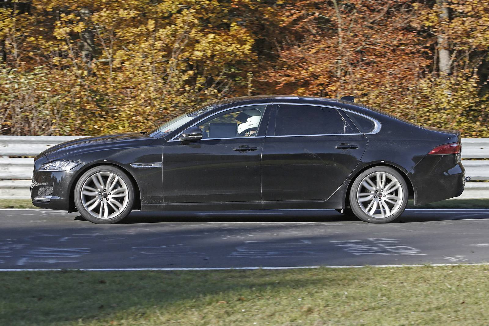 Jaguar XF L Only For China 4
