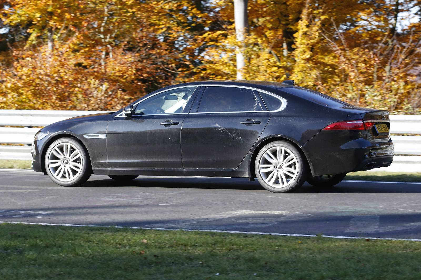 Jaguar XF L Only For China 5